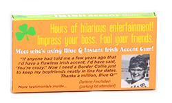 Blue Q Gum Instant Irish Accent  - Перечная мятаМятные<br>Думаем, многим знаком неловкий момент, когда пахнет изо рта; и ты вдруг<br>начинаешь ощущать себя иностранцем даже в знакомой тебе компании... Ты глотаешь<br>слова, краснеешь, стесняешься... Иными словами, ты внезапно приобретаешь дурацкий<br>акцент, а, если точнее сказать, кашу во рту... Чтобы этого избежать, просто<br>запаситесь этой канадской жевательной резинкой с мятным вкусом! Ну, и<br>безусловно, такая пачка будет отличным презентом для Ваших друзей!<br>