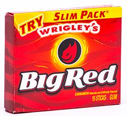 Big Red - Жгучая корицаКорица и лакрица<br>Наверное,<br>эта жевательная резинка, которая стала легендой еще в далеком уже теперь 1976году,<br>в представлении не нуждается...  Мы<br>уверены, что  все, кому нравится огненная<br>корица, пробовали ее уже не раз,  и давно<br>записали в разряд самых любимых. Знакомство  с ней у всех происходило  по-разному: кто-то попробовал её в первый раз,<br>когда ездил по делам в Штаты; кто-то - когда фарцевал в далекие доперестроечные<br>и перестроечные времена; а кому-то она впервые открыла свой неповторимый вкус,<br>благодаря  отцу, который (о,счастье!) был<br>моряком и (как тогда говорили) ходил в загранку. Вкусная, огненная, необычная,<br>любимая!<br> Вкусная, огненная, необычная, любимая! <br>#bubble gum, #America, #real flavor #legend<br>