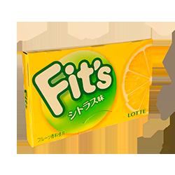 Fit's  - Кислый лимонФруктовые<br>Очень мягкая,сочная и кислая жвачка.  Во вкусе присутствет яркий кислый вкус лимона и легкие нотки соли. Долгий вкус и безупречный аромат Вам гарантированы!<br>Кроме того хотим отметить заботу бренда о своих будущих клиентах. Дело в том,<br>что каждая пластинка упакована таким образом, что когда Вы ее отрываете от<br>пачки, то ее конец уже не упакован в бумагу, и Вы можете смело класть ее в рот.<br>С этого момента пожевать жвачку стало еще проще!<br>