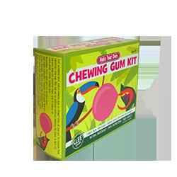 Glee Make Your Own Gum - Корица и ВишняФруктовые<br>ФАНТАСТИКА: Сделай САМ жевательную резинку с помощью chicle - сока сапотового дерева, которое произрастает в дождливых лесах Центральной Америки. Это очень просто, поскольку всё, что тебе будет нужно, уже есть в этом наборе. Ты можешь сделать резинку на плите, или в микроволновой печи. Изготовлением резинки лучше всего заниматься на внеклассных занятиях в школе, в походе, на дне рождения, словом, в большой компании. Внимание: необходим контроль со стороны взрослых!<br>Сделайте великолепный подарок детям! (Рекомендованный возраст - от 8 лет).<br>Внутри каждого набора Вы найдете: основу для жевательной резинки  (содержащую натуральный сок сапотового дерева),  кондитерский сахар, кукурузный сироп, пакетики с вкусами корицы и вишни, емкость для разогрева основы жевательной резинки, инструкцию и рассказ о соке  сапотового дерева.<br>Это правда очень просто: достаточно разогреть основу для жевательной резинки  на плите, или в микроволновой печи; затем добавить туда сахар, кукурузный сироп, отдушки из пакетиков,  немного помешать и... ВАУ!!!!!!!!!!! ТЫ САМ СДЕЛАЛ ЖЕВАТЕЛЬНУЮ РЕЗИНКУ!!!!!!!!!!!!<br>