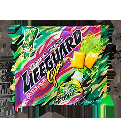 Lifeguard Pocket Gum - Вкус энергетического напиткаМятные<br>Энергетические напитки любимы многими. Но любят их не за то действие, которое они оказывают, а за необыкновенный вкус, который ни с чем не сравнить... Теперь мы с гордостью можем констатировать, что и у нас есть жвачка с таким вкусом!<br>Кроме того, в состав этой жвачки входят:<br> <br>Ниацин 0,8 мг, Витамин B2 0,2 ??мг, Витамин С 11 мг<br> <br>Энергетическая ценность: 30 Ккал<br>Белок:0 г<br>Жиры: 0 г<br>Углевод: 7,4 г<br>Натрий: 8 мг<br> <br>Желаем Вам ярких спортивных достижений!<br>