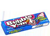 Bubble Yum - Вкус сладкой  ватыДетские<br>Эта первая мягкая<br>жевательная резинка появилась в 1977 году. Благодаря своему вкусу и мягкости,<br>она с первых дней  стала настолько популярной, что появились слухи, что<br>для ее мягкости в состав добавляют некий экстракт из яиц пауков. Предвидя<br>появление слухов, создатели выступили с опровержением во всех средствах СМИ. По<br>сей день, эта жвачка занимает лидирующие позиции  на рынке. Вкус американской сладкой ваты делает ее хитом наших продаж!<br>